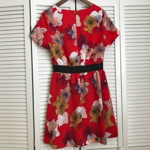 Metaphor Dresses - Red floral dress with elastic waist
